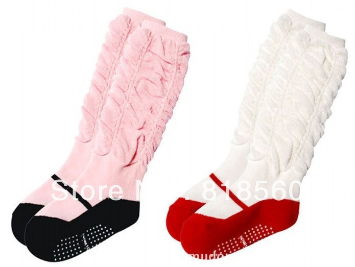 FREE SHIPPING socks,baby knee high stocking,2 colours 2 sizes for selection,COMBI(China (Mainland))