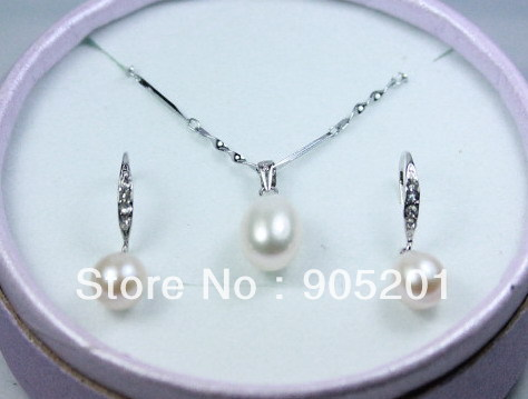 AAAA 8-9 9-10mm oval Cultured Freshwater Pearl Earrings+Pendant 925 Silver Set(1 set)+Wholesale&Retail+Free Shipping(China (Mainland))