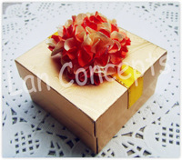 Free shipping DIY Wedding Paper Favor Box Candy Box Gift Box Party Favor Box - 6.5 x 6.5 x 4cm 120pcs/lot LWB0157AF gold