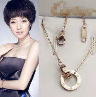 Fashion fashion 18k rose gold necklace female titanium short design