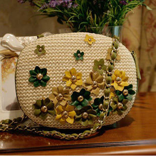 2013 spring and summer new arrival rivet small paper flowers woven bag beach bag rattan bag straw braid women's handbag(China (Mainland))