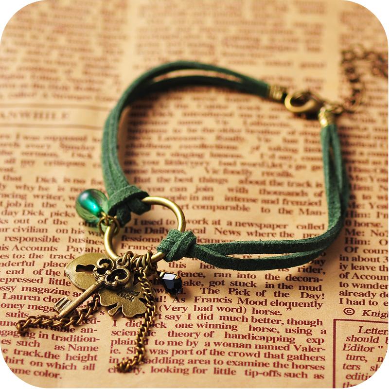Oa0001 blackish green four leaf clover key multi element pendant cashmere leather anklets 6g(China (Mainland))
