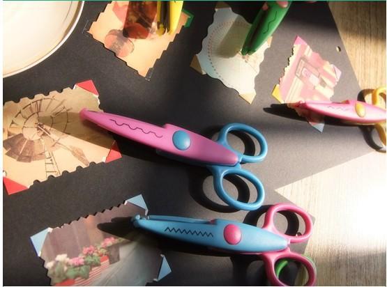 free shipping 6 design option Decorative Wave lace Edge Craft school Scissors DIY for Scrapbook Handmade Kids Artwork Card Safe(China (Mainland))