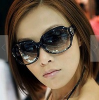 Wholesale New Brand style women Polarized sunglasses Female men HOT Fashion Classic ,No packaging NSTGS1