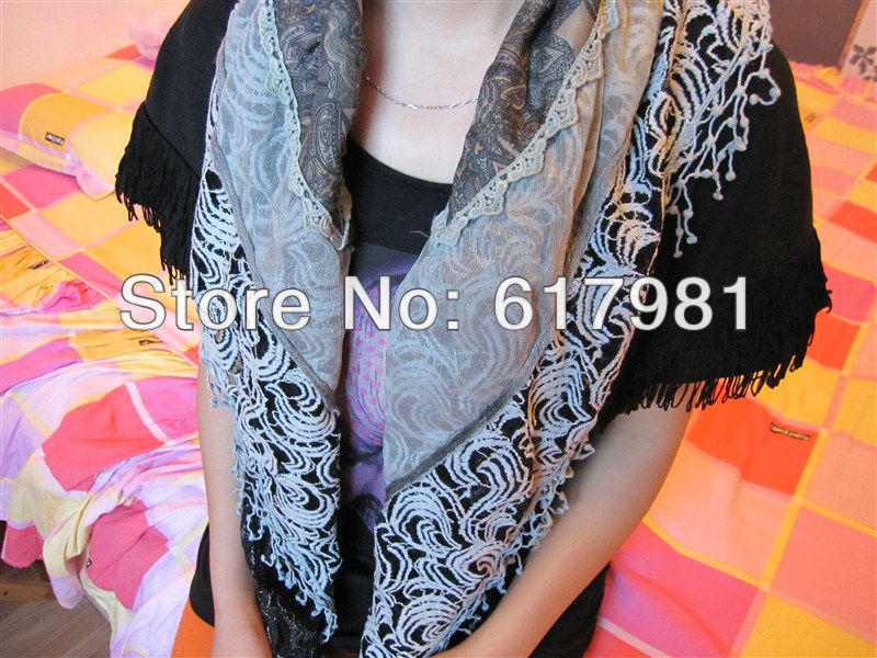 free shipping Lace scarf in the Yangtze River Delta, triangular scarf, wool scarf decorated with flowers double(China (Mainland))