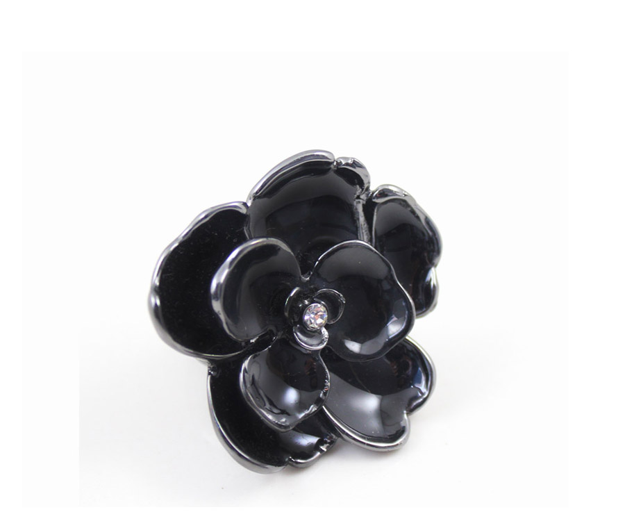 Min.order is $15 Free Shipping Fashion Sparkling Simulated Diamond Black Three-dimensional Flower Exaggerated Ring R567(China (Mainland))