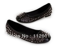 2013 New Women's Sexy Decorate Spike Studded Flats Round Paillette Rivets Shoe Free Shipping  Black And Gold Color Size 5-7.5.