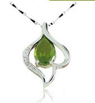 30% of 925 silver Female/girl/woman fashion olive green crystal heart-shaped necklace pendant Jewelry Accessories