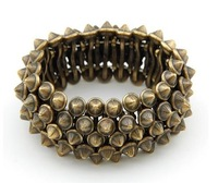Retro personality exaggerated swagger rivet punk stretch bracelets