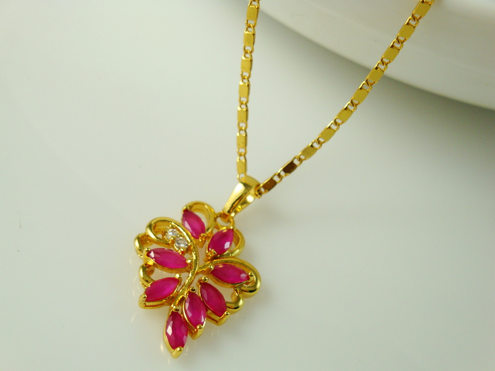 new Charm fashion women Ruby Flower Pendant in 24K gold necklace.free shipping(China (Mainland))
