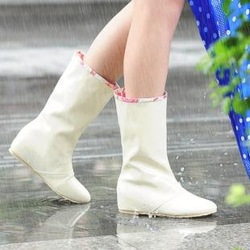 Increased within rain boots Pure color fashion boots Beef tendon non-slip sole dedicated Rain boots coat of paint three colors(China (Mainland))