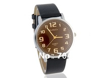 WoMaGe 139-7 men wrist watch mens watches Men's Analog Watch with PU Leather Strap