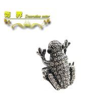 2014 hot sale bling gem full rhinestone frog ring antique silver retro royal finishing jewelry fashion vintage  (min.order.$15)