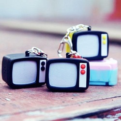 Derlook vintage tv set keychain everydays baihuo daily use small commodities(China (Mainland))