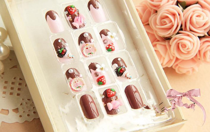 Free shipping,2013 hot sale lady Strawberry Cake pattern fake nails,24 pieces/set,wholesale,drop shipping,HJJ018(China (Mainland))