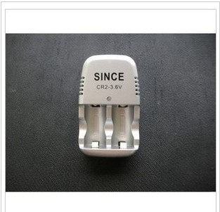 Manufacturers selling CR2 charger 3.6 v rechargeable section or two CR2 battery charger(China (Mainland))