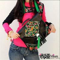 2013 Ethnic Style Embroidery Shoulder Bag Mobile Messenger Bag Leather Fringed Bag