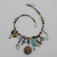 Fashion vintage bohemia tassel big gem necklace short design necklace female jewelry