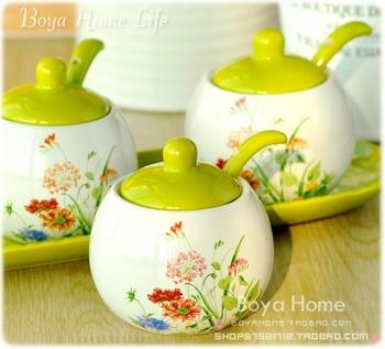 Jingdezhen ceramic rustic fashion spice jar sauce pot ceramic base spoon tw
