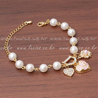 Free Shipping Retail Bohenmia Heart&D with Floral Pearl Bracelets&Bangles. Factory Price! BR3030