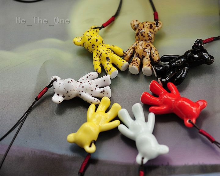 Simple Fashion Style Creative Lovely Colored Ceramic Ornament of Violent Bear for Car Bag Home Decoration Free Shipping(China (Mainland))