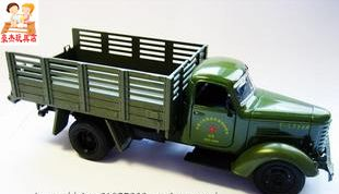 Acoustooptical WARRIOR in car the liberation of car military transport truck 6/7 alloy car model toy car