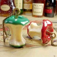 Christmas Gift (Minimum $ 5) Chew the big apple retro Mao Yilian Pendant Necklace (Min order$5)