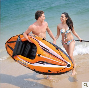 A new entry-level inflatable kayak single kayak orange rubber boat / inflatable boat / canoe