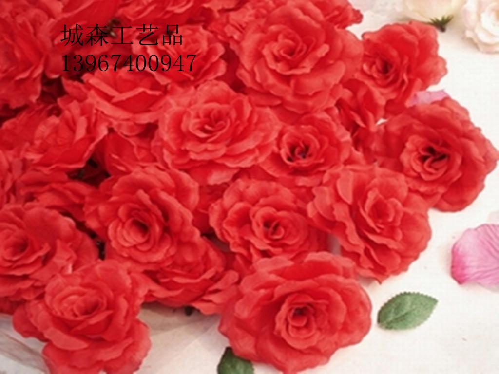 Розовое свадебное украшение автомобиля Роза арка