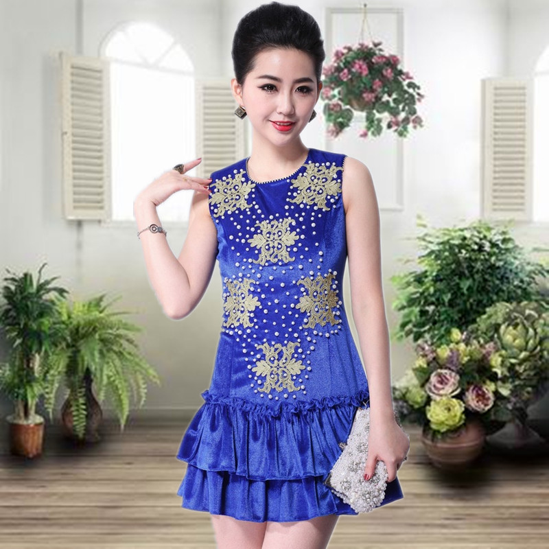 2013 spring and summer high quality cooked women&#39;s beading embroidery slim gold velvet vest one-piece dress cake(China (Mainland))