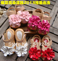 Free shipping wholesale 2013 new  sweet flower open/cap  toe leather kid's sandals 856