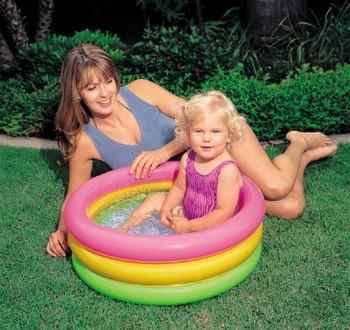 Free shipping Intex swimming pool 57402 circle inflatable pool infant bathtub inflatable base plate