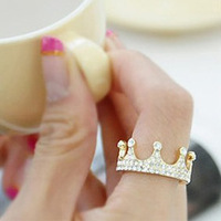 Min. order is $15 (mix order) Aq0777 elegant Rhinestone princess ring finger ring female