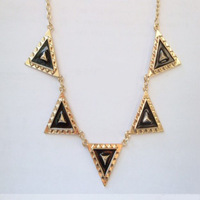 Free Shipping&Wholesales Fashion accessories vintage punk metal triangle black oil short x115