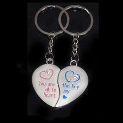 Free Shipping New 1 Pair Love Heart Couple Key Ring Romantic Solid Keychain Keyfob Lover Gift 7703(China (Mainland))