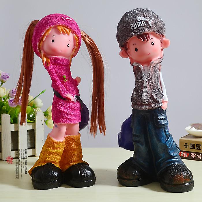 هدايا تقدمها الام و الاب في عيد ميلاد اولادهم Resin-lovers-decorat