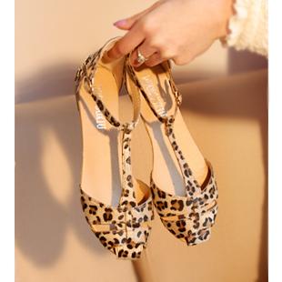 Leopard Print Flat Heel Women's Sandals 2015 Summer Women Summer Shoes 2015 Summer Shoes Fashion Sandals Sweet Free Shipping
