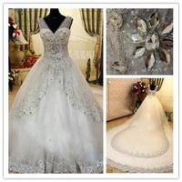 2013 Newest Bride Dress V-Neck Swarovski Crystals Applique Bead Cathedral Royal Train Wedding Dresses Bridal Gowns