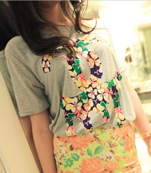 Small 2013 summer women's cc women's flower print short-sleeve t-shirt t44(China (Mainland))