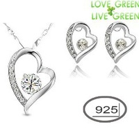 OMH wholesale True Love 18KT white gold Austrian crystals fashion Pendant  925 silver heart Earrings + necklace Jewelry set 4186