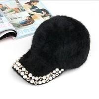 New Item Winter Fashion Hats For Women Bright Pearl Rivets Ornament Visors Soft Material All-matching Female Baseball Cap