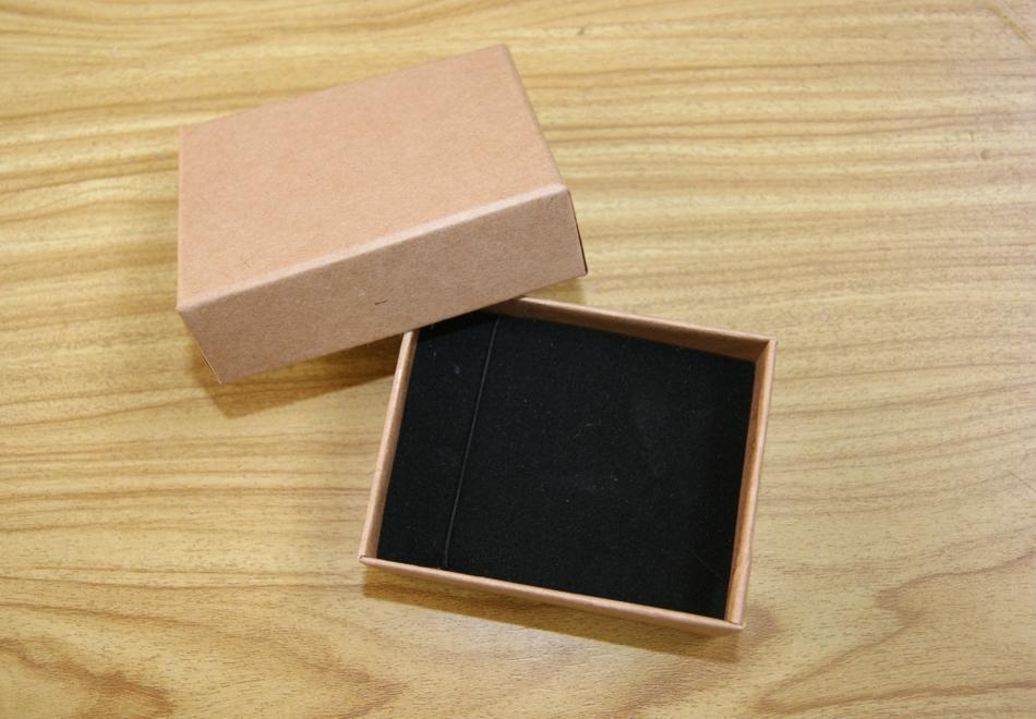 Wholesale 24pcs lot 8 5x6 5x3cm kraft paper box bracelet necklace box