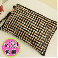 Free shipping Fashion punk full square rivet envelope bag cool day clutch women's cross-body handbag