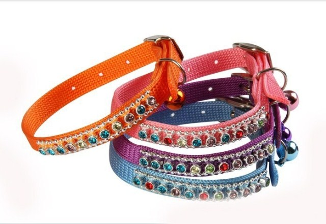 2013 diamond hole-digging dog collar dog drawstring head strap collapsibility pet band pet supplies(China (Mainland))
