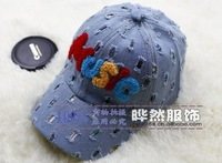 """free shipping of  cotton material and  fashional visor cap baseball hats for kids letters""""music"""" design"""