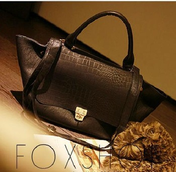 2014 New fashion Black crocodile grain of bats women handbag phantom bag  Shoulder bags  Free shipping