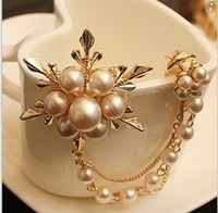 Hot! Special Promotions Korean Fashion Jewelry European And American Vintage Pearl Flower Brooch Free Shipping