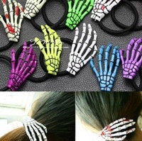 Free Shipping Japanese Harajuku Novelty bloodshot Grasping Skull Finger to bone hairpin Paw Hair hand Phalanges hair Claws  SP05