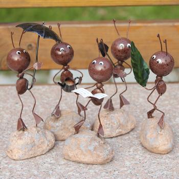 hot sale Handmade iron doll ant indoor small stone base decoration shelf decoration real child decoration toy 5dolls/set