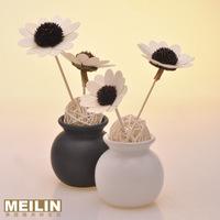 Sunflower black and white ceramic bottle rattails essential oil set decoration gift
